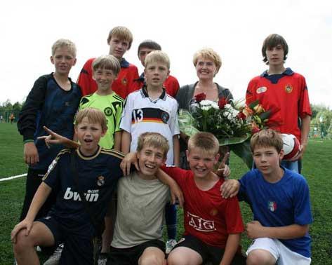 11 июля В.Ф. Городецкий открыл второе футбольное поле на стадионе «Заря»