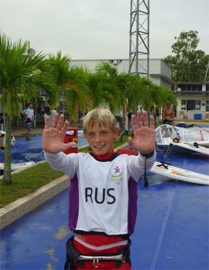 Артем Мурашев поднялся на пятое место после второго дня парусной регаты юношеских Олимпийских игр