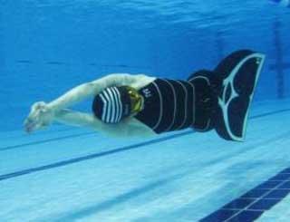 15 медалей чемпионата мира завоевали новосибирские пловцы-подводники
