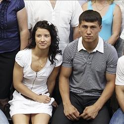 Роман Власов и Татьяна Самкова выступят на чемпионате мира по борьбе.