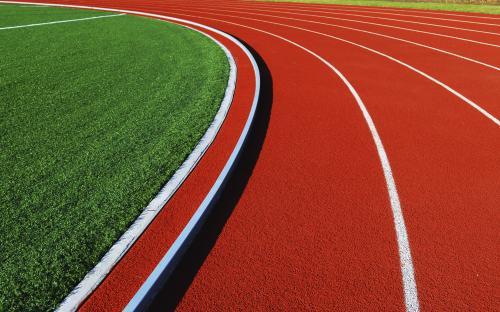 Новосибирские легкоатлеты побегут по новым дорожкам