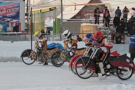 Первенство России по мотогонкам на льду пройдет в Новосибирске