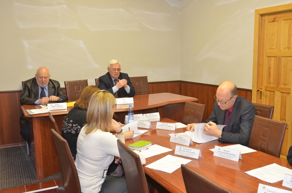Президиум Олимпийского Совета в Новосибирской области подвел итоги за три квартала 2013 года.