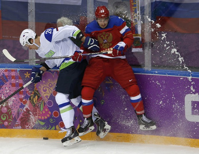 Российские хоккеисты начали с победы!