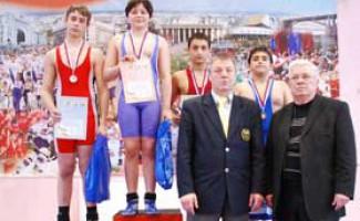 Завершилось первенство Новосибирской области по греко-римской борьбе