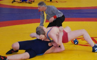 Стартует Чемпионат области по греко-римской борьбе