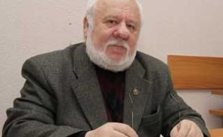 Рафаил Лазаревич Кравец награжден почетным знаком