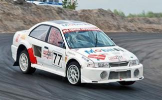 Новосибирский автогонщик стал первым!