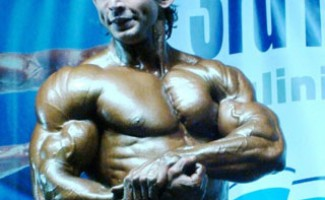Александр Денисенко стал чемпионом мира по бодибилдингу