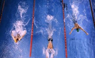 Новосибирские пловцы привезли медали с международных соревнований