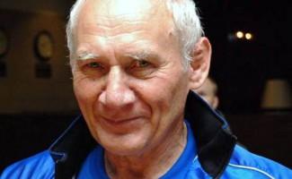 Александр Карелин поздравил своего наставника