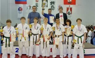 Новосибирцы стали обладателями золотых наград на Первенстве России по киокусинкай