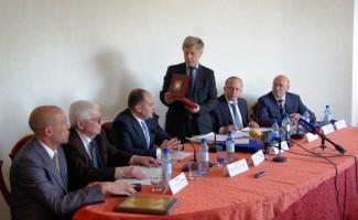 Олимпийский комитет России собрал свои представительства из 16 областей и краев Сибири и Урала.