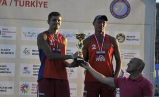 Максим Селютин – бронзовый призер чемпионата мира  по пляжному волейболу