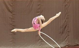 Новосибирские гимнастки выступили на первенстве округа по художественной гимнастике