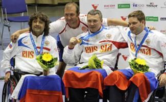 Александр Логутенко завоевал двойной титул чемпиона мира в Будапеште.