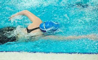 Две бронзы Арины Сурковы с Всероссийских соревнований по плаванию