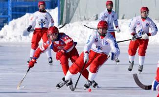 Новосибирские юниоры выиграли в финале первенства России по хоккею с мячом