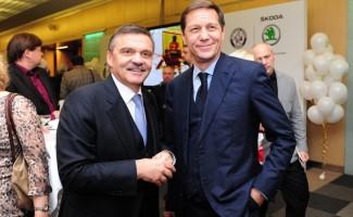 Александр Жуков и Рене Фазель прокомментировали ситуацию с проведением в Новосибирске молодежного чемпионата мира по хоккею