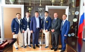 Новосибирских фехтовальщиков чествовали в областном департаменте спорта после отстранения Российской сборной от Паралимпийских игр в Рио