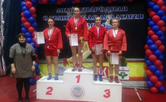 Новосибирские самбисты завоевали две медали первенства России