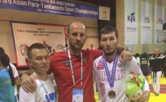 Асхат Акматов стал третьим на чемпионате Азии